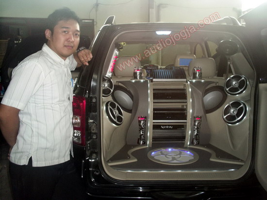 Toyota Rush INFINITY Car Audio